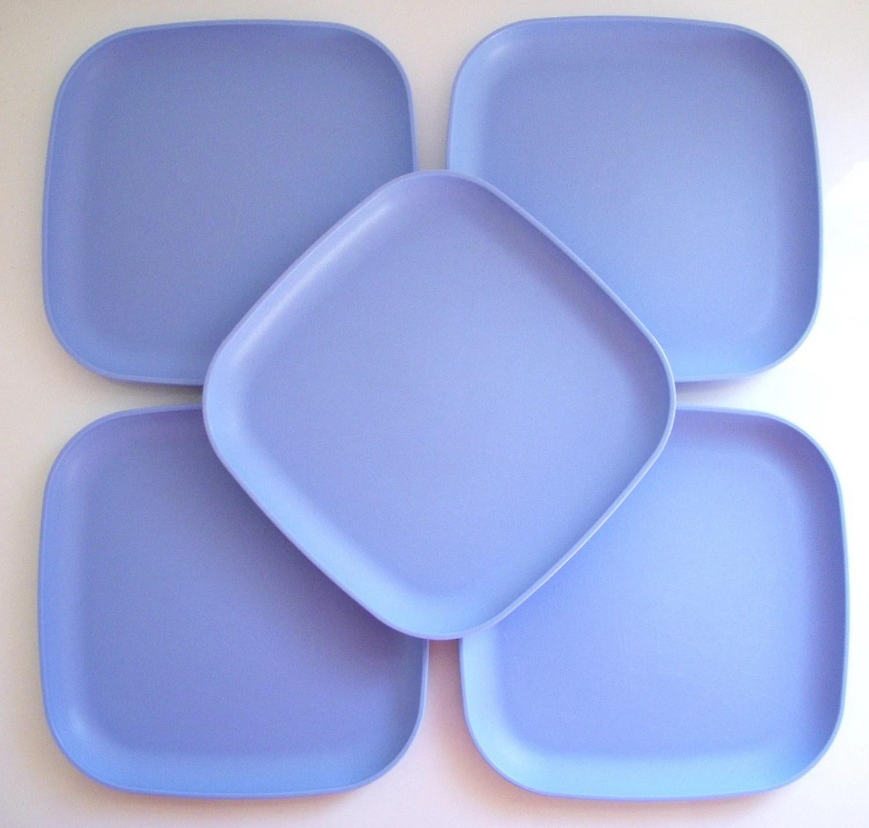 Tupperware Snack Plates