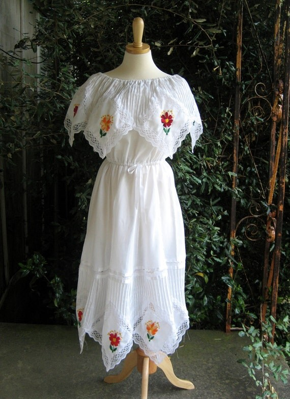 Vintage embroidered white dress Mexican wedding lace by posypower