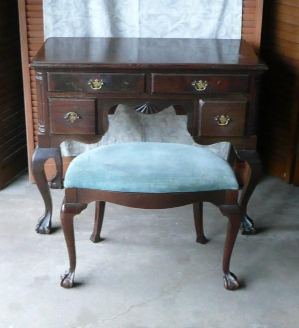 Reserved Deposit Antique Ladies Desk Vanity With Dressing