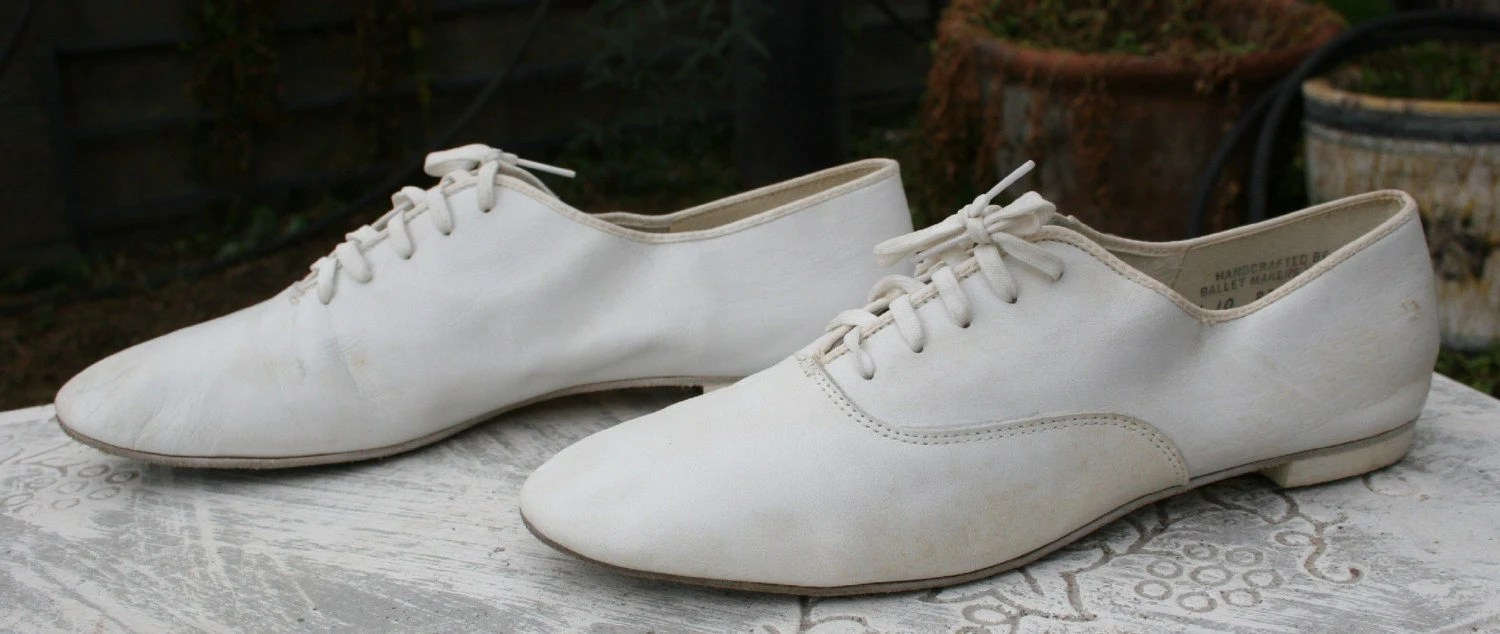1980s Mens Shoes White