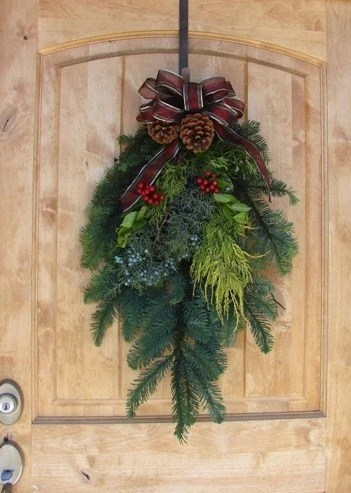 28 Inch Noble Fir Christmas Swag With Holly By Oregonwreaths