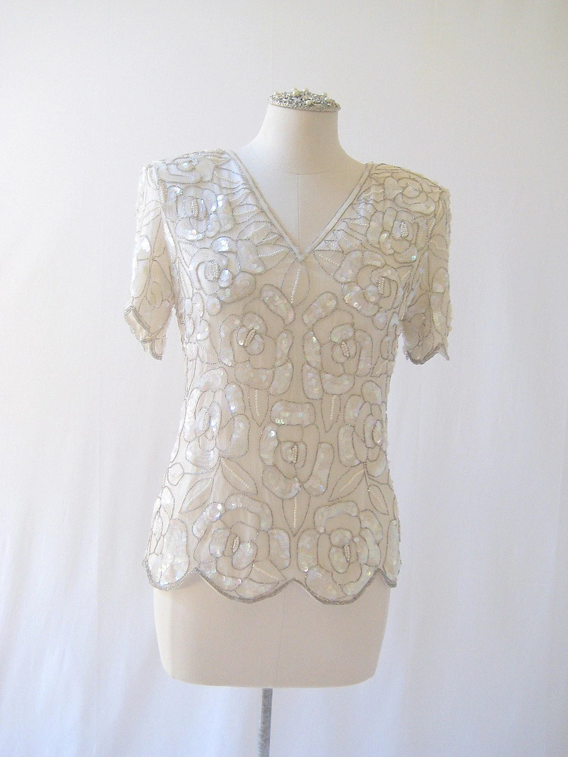 Vintage Cream Beaded Pearl Sequin Rose Evening Tunic Top