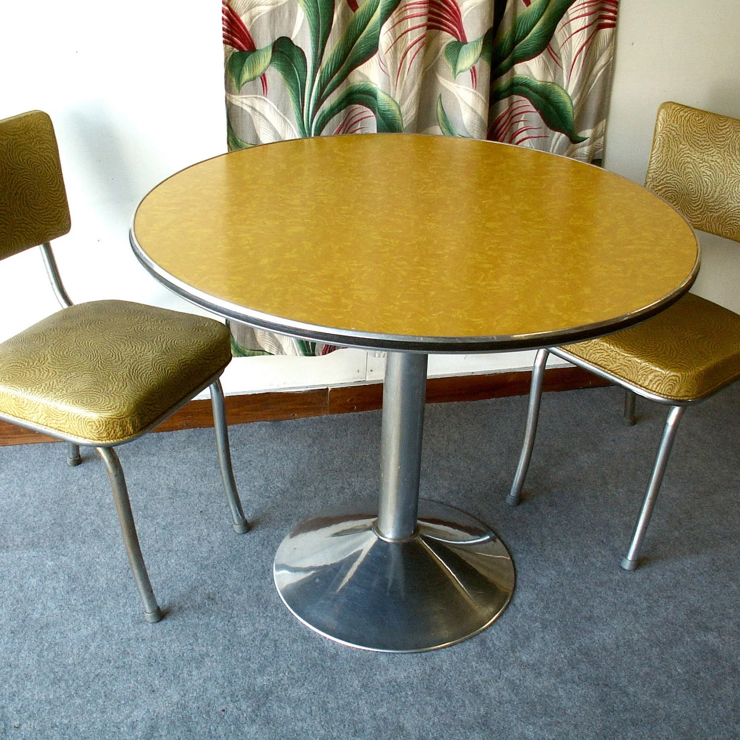 Formica Table And Chairs Round Yellow Vintage Formica Pedestal Table With Two Chairs