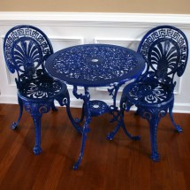 Chinoiserie Blue Vintage Patio Table And Chairs. Garden