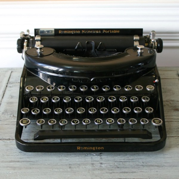 Typewriter. Black Remington Noiseless Portable