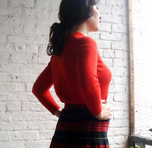 50s Ballantyne Red Scottish Cashmere Neck Sweater 1950s