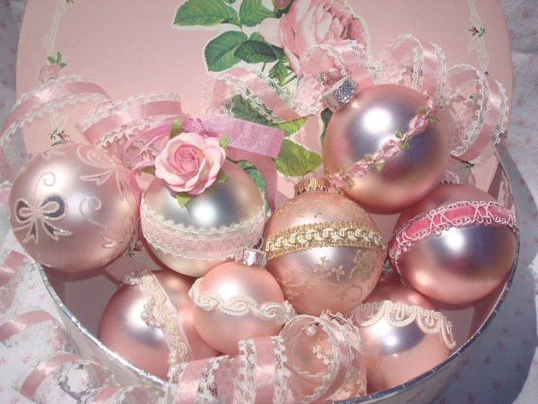 Shabby ChicVictorian Pink Christmas Bulbs with by