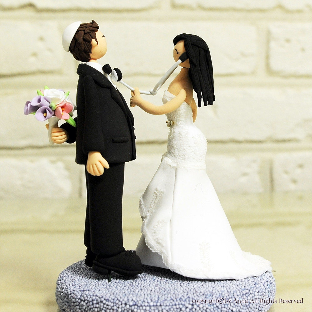 Traditional Bride And Groom Cake Topper