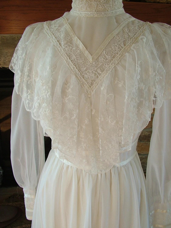 Vintage Gunne Sax wedding dress bridal by RetroVintageWeddings