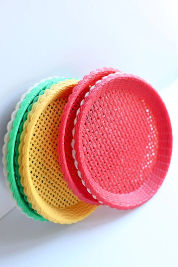 Plastic Paper Plate Holders Set Of Six