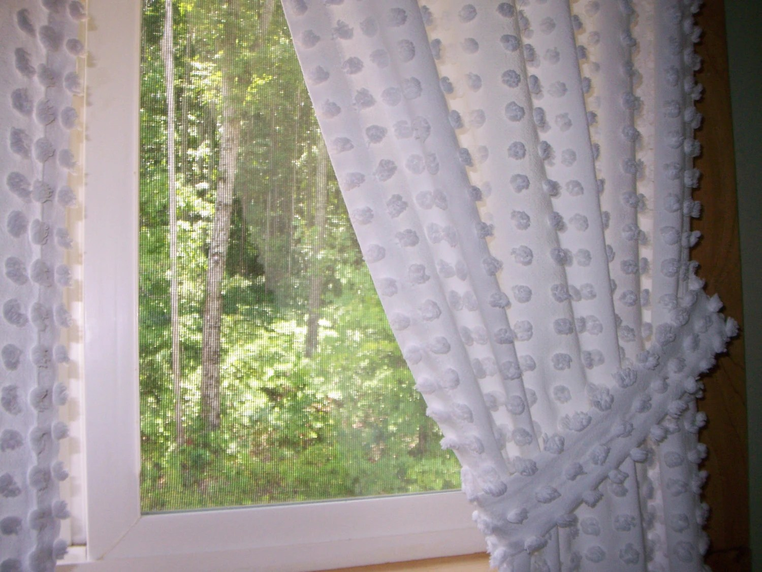 Curtains chenille white pops