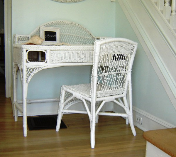 Vintage White Wicker Desk & Chair Vanity