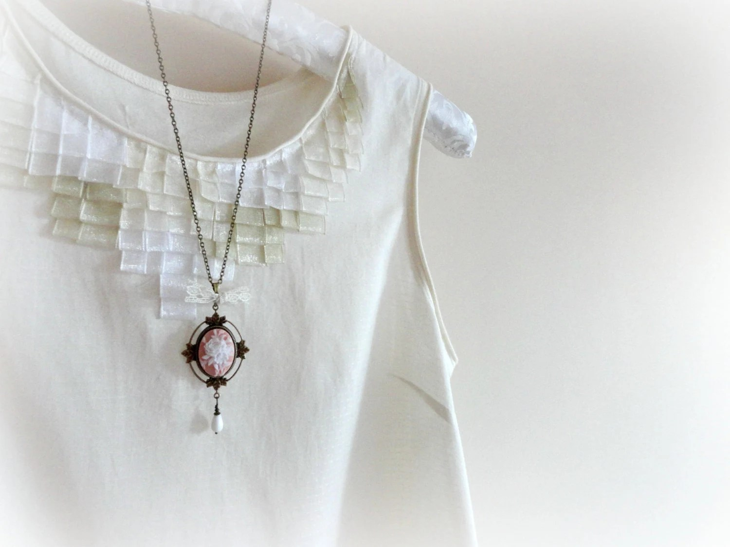 Mosqueta rose -Romantic Necklace.Soft pink and white resin flower cameo,leaves brass setting,lace bow,glass drop. gift for her - GBILOBA