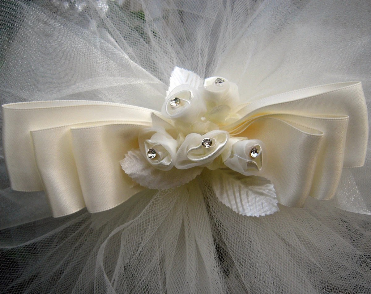 Items similar to Pew Bows Wedding Aisle Decorations Ivory Tulle Satin Organza Sheer Satin Roses