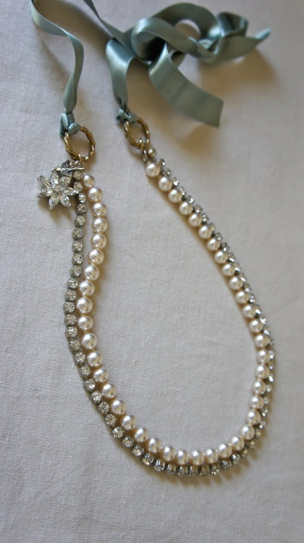 Vintage Rhinestone And Faux Pearl Ribbon Necklace