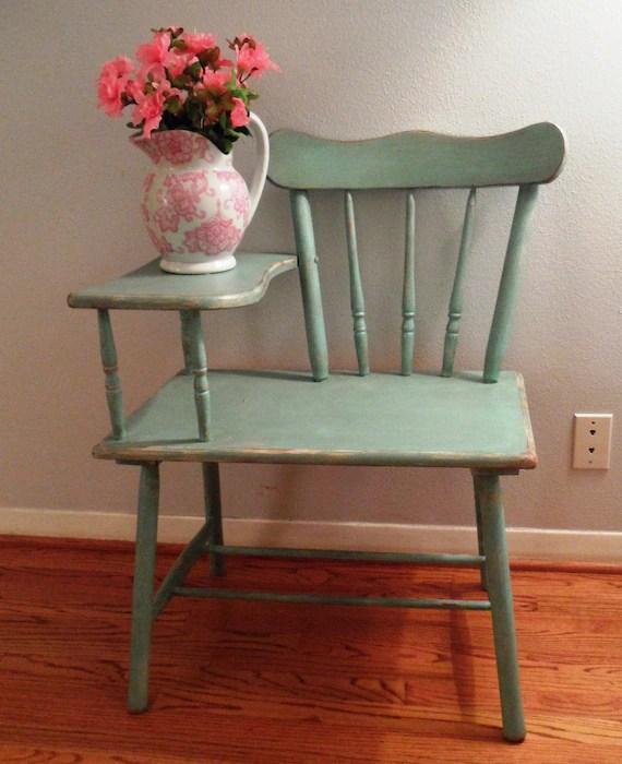 Shabby Gossip / Telephone Chair