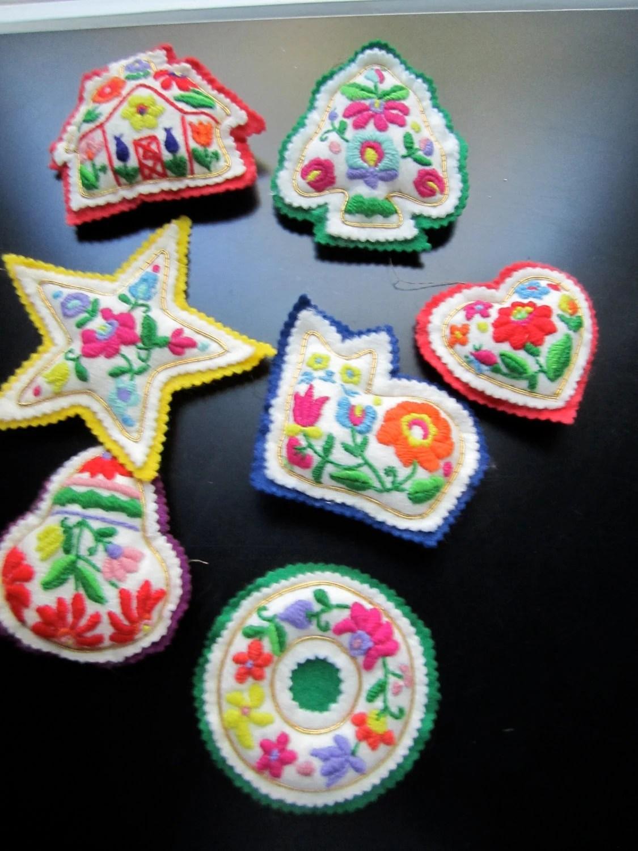 Felt Cat Ornament Pattern