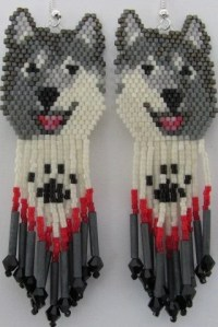 18 Hand Beaded Laughing Grey wolf Husky malamute dog