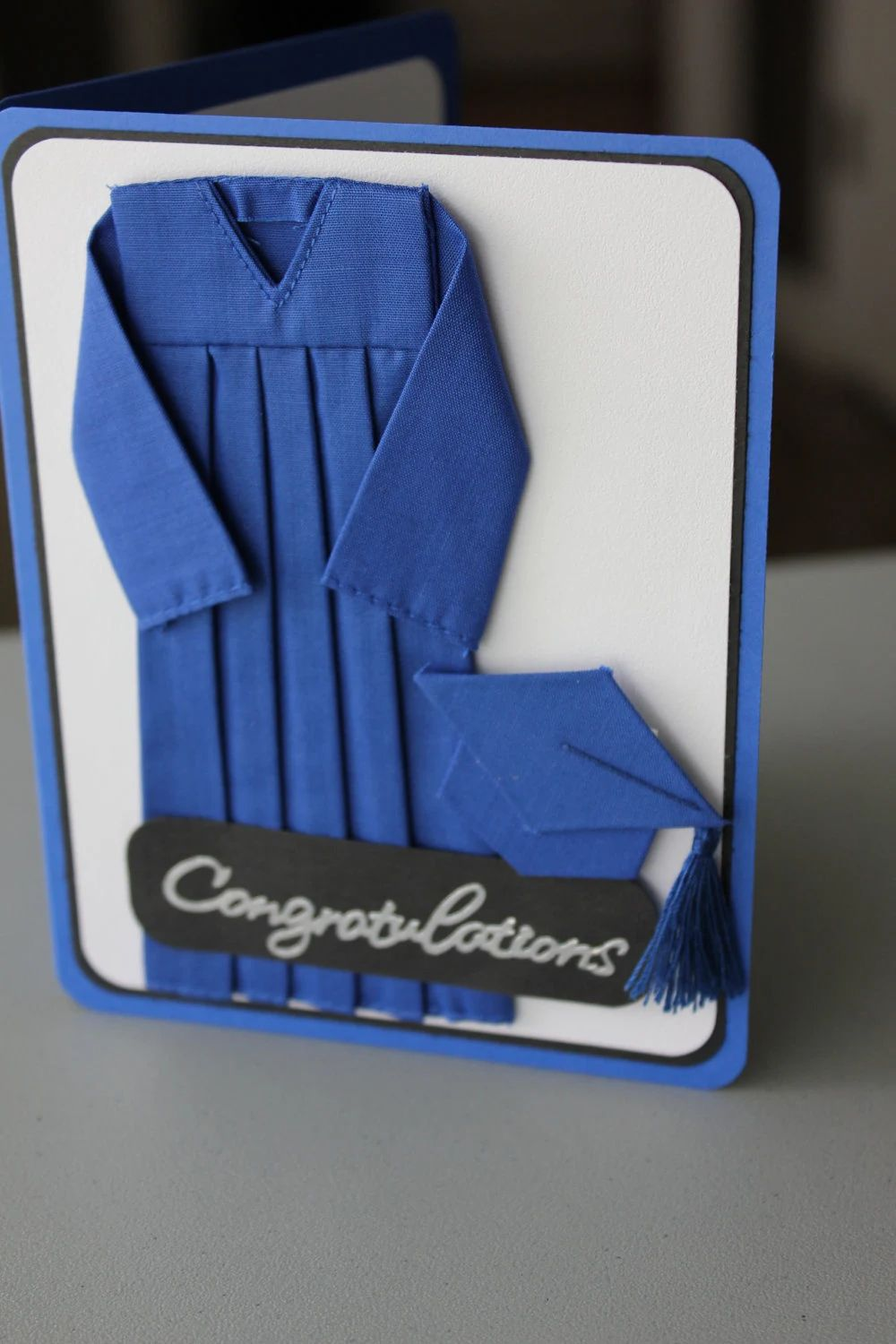 make your own graduation name cards