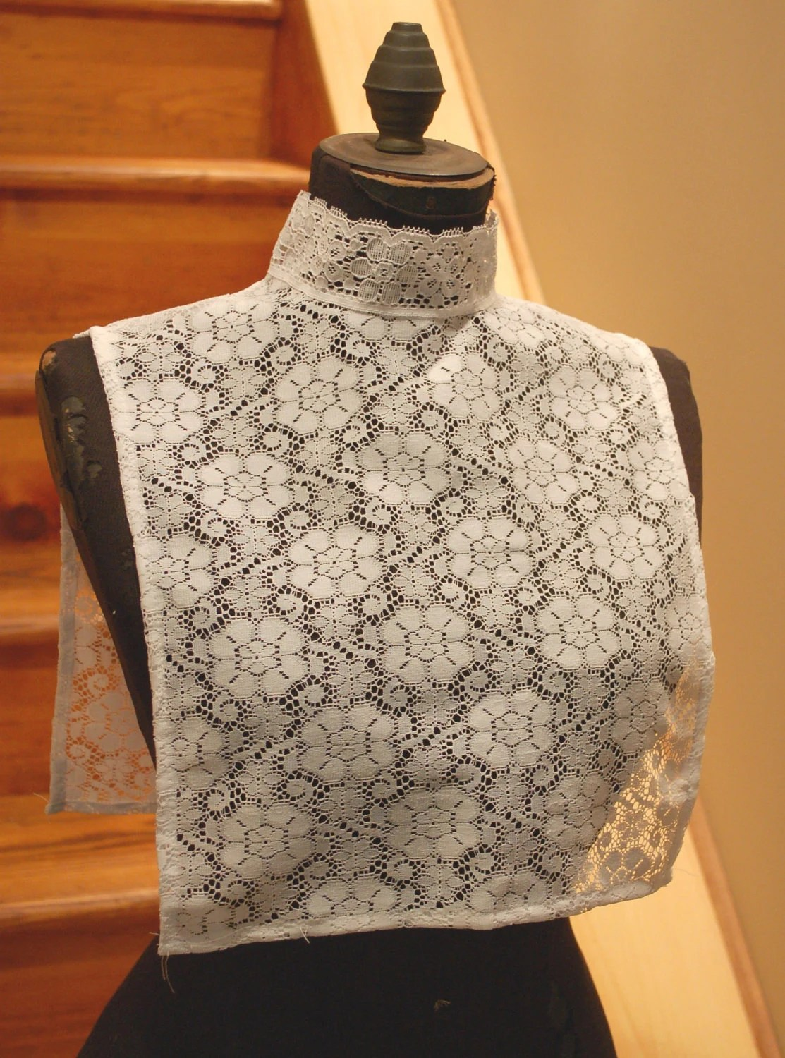 Retro White Lace Collar Womens Dickie One Size Fits All