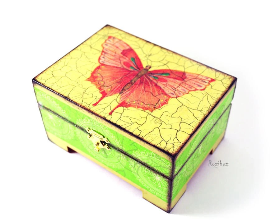 Butterfly pink green yellow - wooden trinket box for jewelry in vintage style, gift idea for her, coral red, fresh, neon - made to order - InsideTheHouse