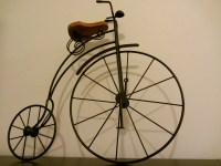 Vintage Bicycle Wall Decor