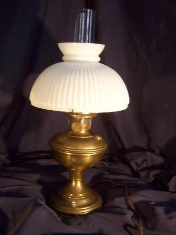 Items similar to VINTAGE Aladdin Brass Electric Hurricane