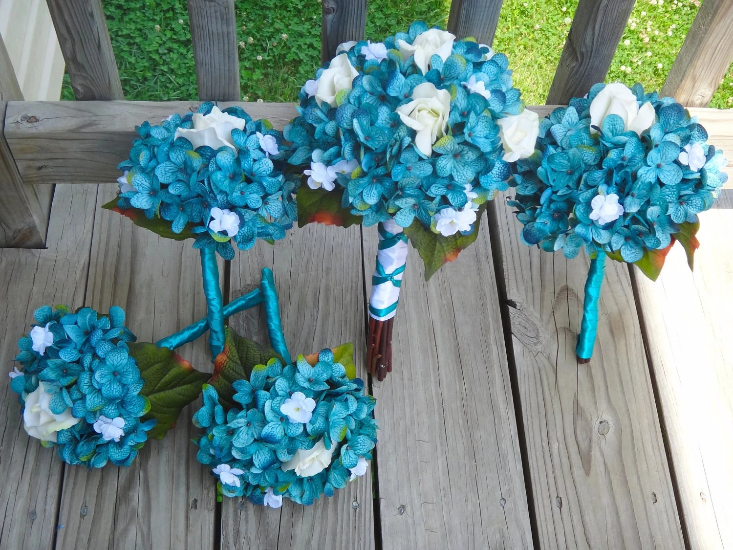 Wedding Bouquets: Teal Wedding Bouquets