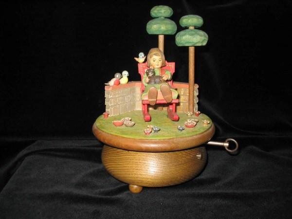 Born Free Anri Music Box Thorens Hand Carved Wood Vintage