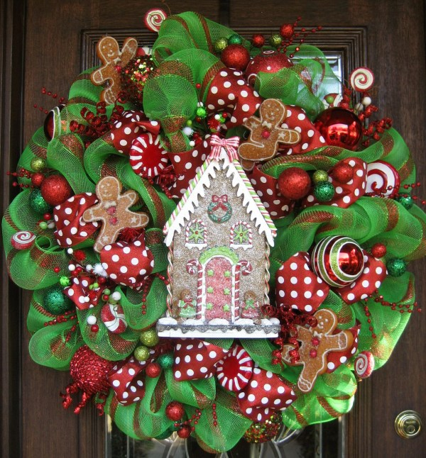Gingerbread Mesh Wreath Ideas to Make for Christmas