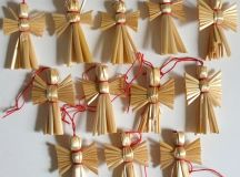 Vintage Angel Christmas Straw Ornaments. Set of 12 Mini Shabby