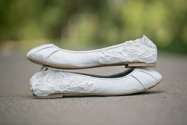 Ivory Wedding Bridal Ballet Flats With Lace Applique