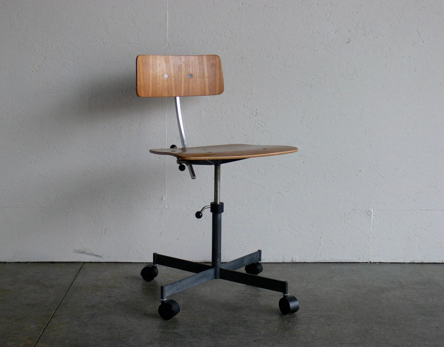 Mid Century Modern Office Chair Mid Century Modern Kevi Office Chair
