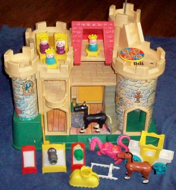 Toy 993 Little People Play Castle Complete