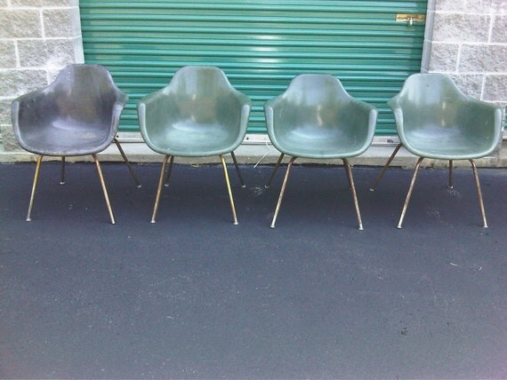 Mid Century Modern vintage Krueger shell fiberglass chairs