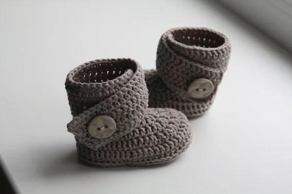 Häkeln Baby Muster Knöpfe Mit Stiefel Ugg E5FPHwqn