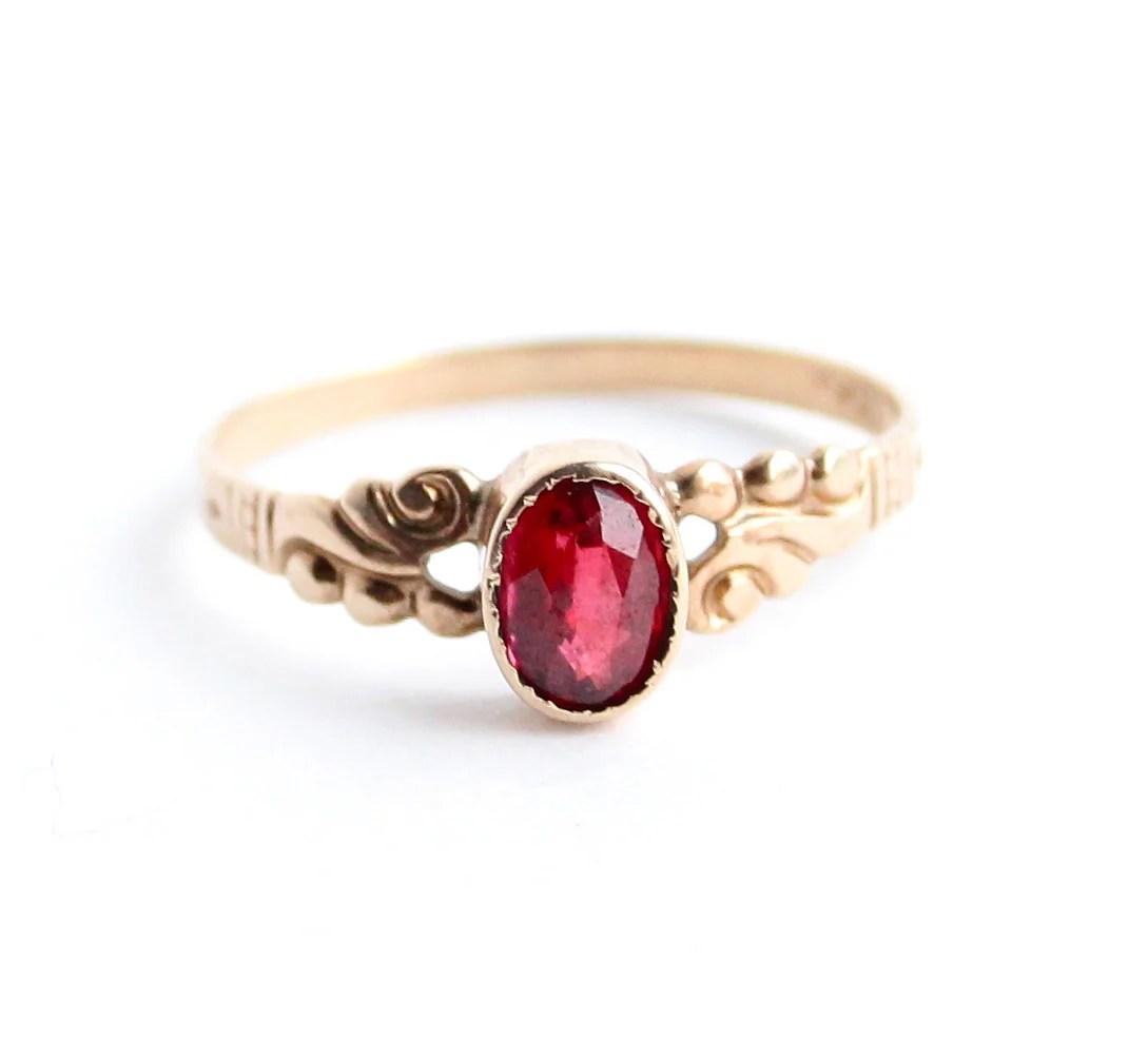Antique Victorian 10K Gold Ring Garnet Red Stone Size 7 Fine