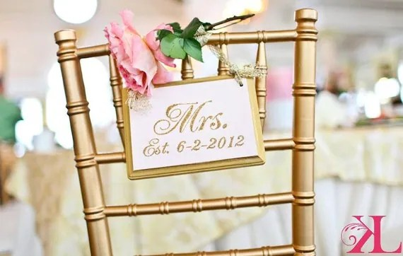 SPARKLING Gold Wedding Signs MR. And MRS. By RomanticPlanet
