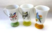 Pedestal Coffee Cups Mugs Bird Motif White by sweetie2sweetie