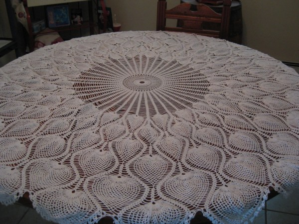Tablecloth Pineapple Pattern Hand Crochet 62 In