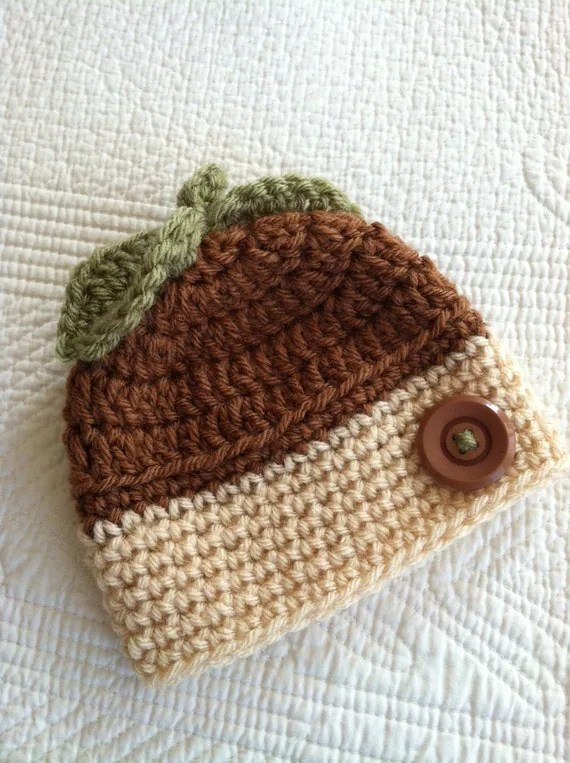 Acorn Baby Hat, Crochet Baby Beanie in Tan and Brown, Crochet Baby Hat, Newborn Hat, Baby Boy Hat, Autumn Baby Hat, Little Boy Hat