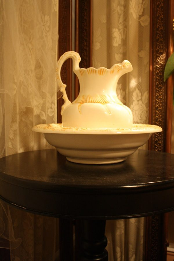 Vintage Wash Basin Bowl Water Pitcher Cream Yellow Pottery