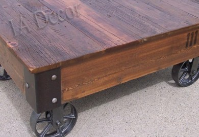 Factory Cart Coffe Table With Wheels On Corners