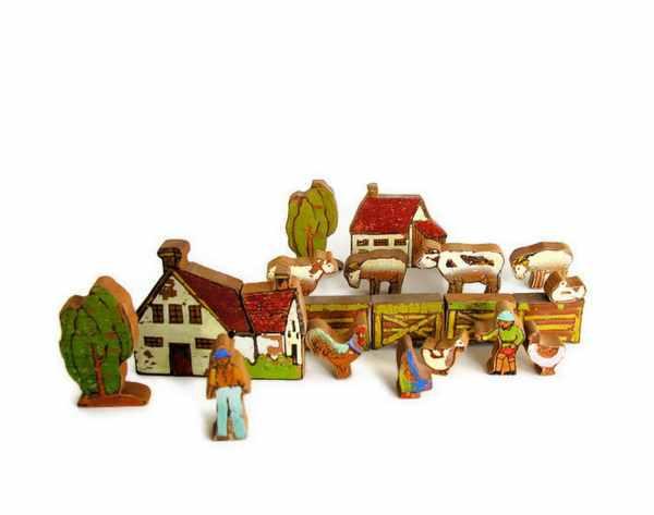 Vintage Toy Wooden Farm Set House Barn Animals Fence Trees