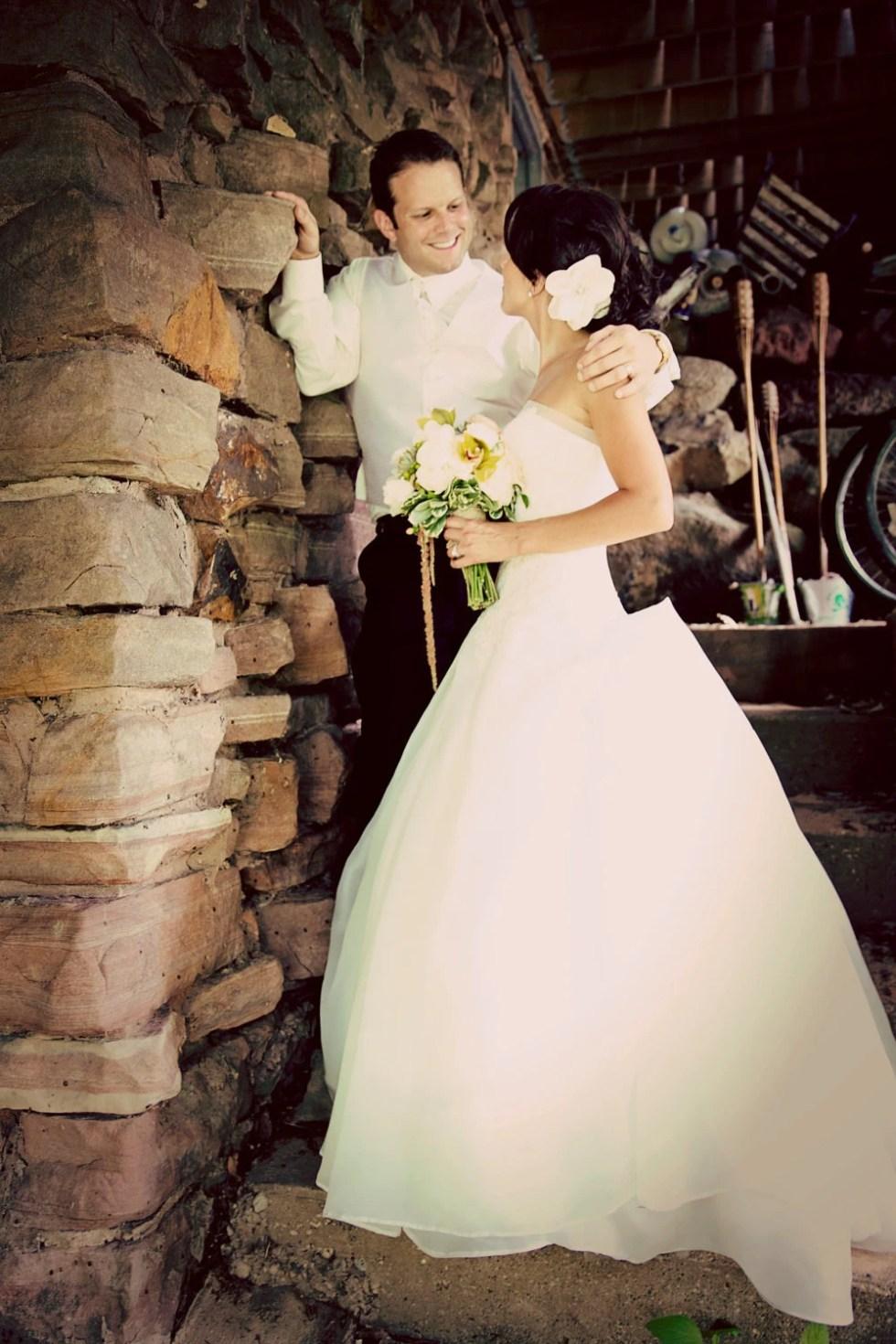 Bridal Fascinator, Ivory Gardenia, Bridal Flower Fascinator, Bridal Headpiece, Bridal Hair Clip, Rhinestone Hair clip