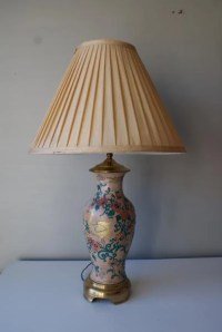 SALE Vintage Heyward Portable Lamp. Handpainted Ceramic Birds