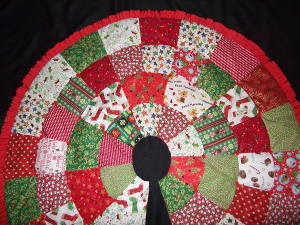 Christmas Tree Skirt Finished Item Elainescatterbrain