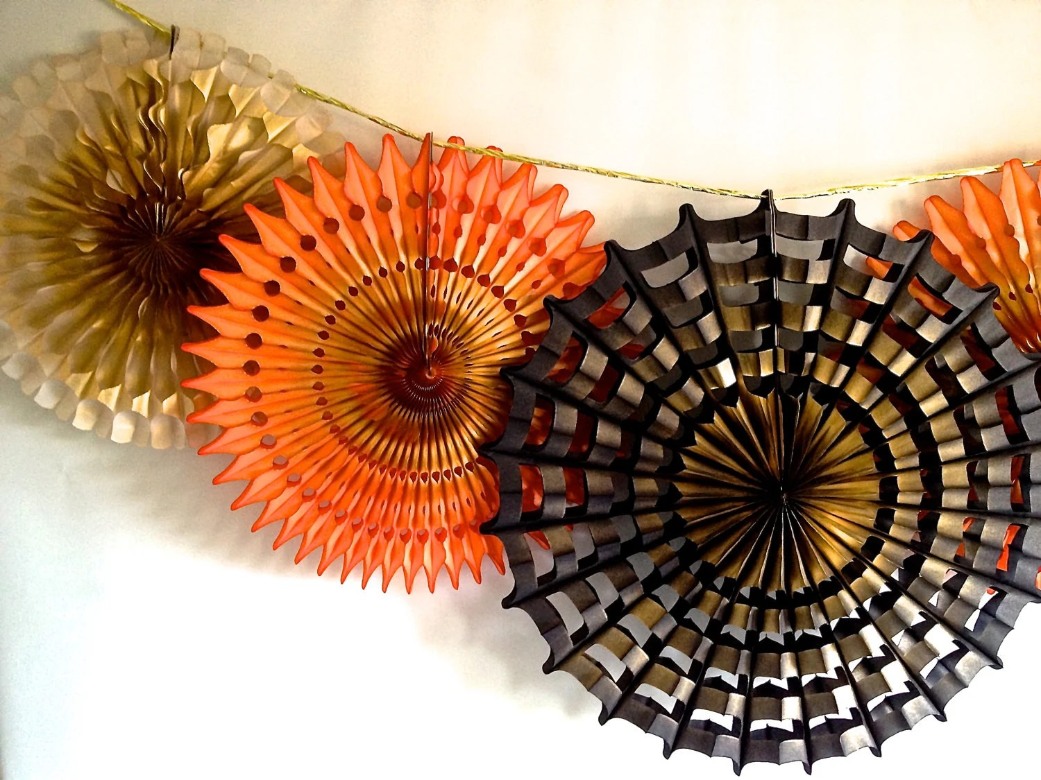 Spiders and Sparkles Halloween 5 Fancy Frill Fans Tissue Garland