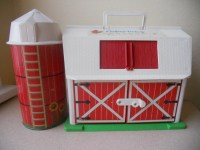 Vintage 1986 FISHER-PRICE 'Mooing' Barn & Silo by ...