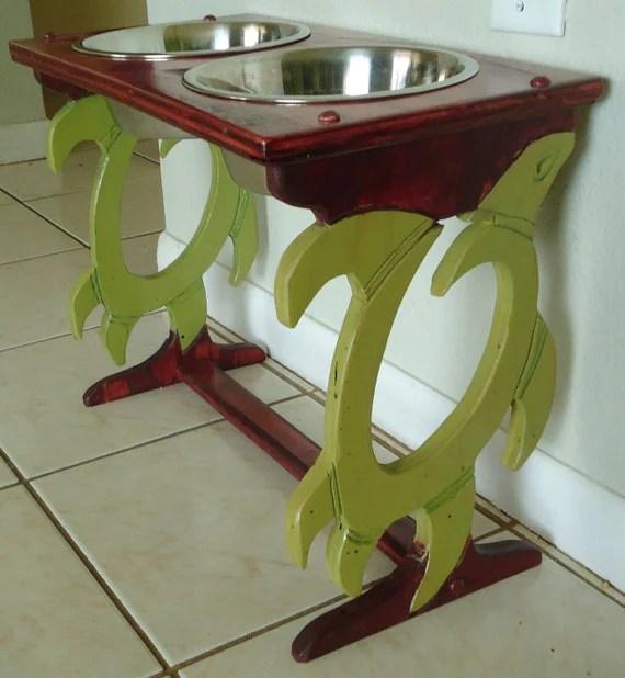 Elevated Pet Feeder - Sea Turtle Design - MyDoggieDiner